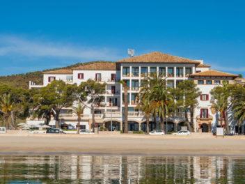 #seafronthotel #hotelinpuertopollensa #rentinmallorca
