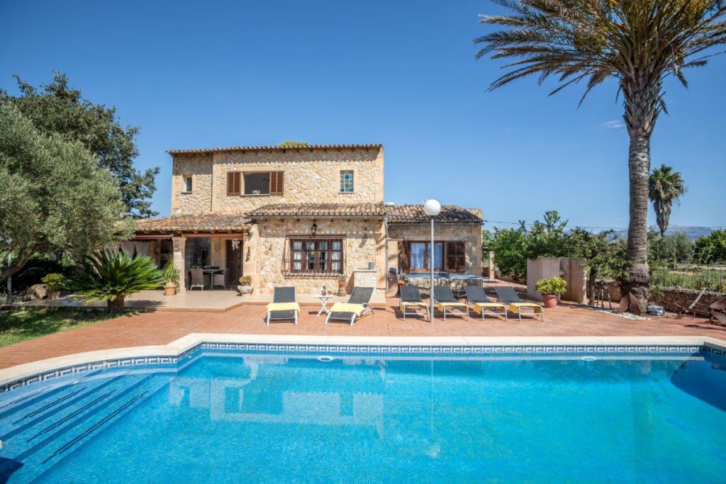 #swimming pool #romansteps #villaforrental