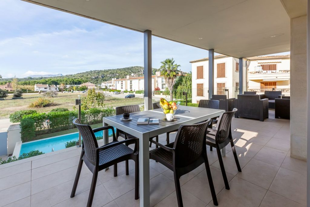 Apartamento Ramon modern holiday apartment with furnished terrace and communal pool Puerto Pollensa Mallorca