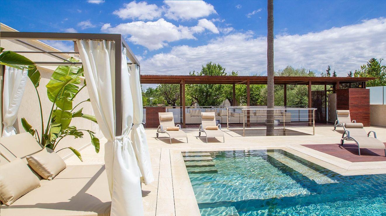 12 bedroom luxury holiday villa near Palma