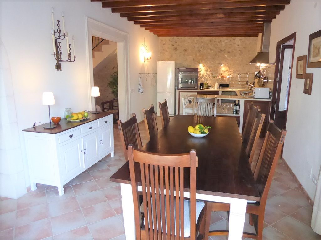 Casa Paulina Traditional townhouse with swimming pool holiday in Buger Campanet Mallorca