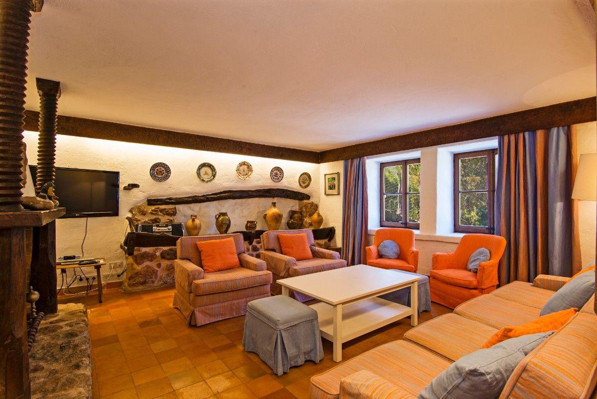 Villa Rafalet rural retreat for rent in Pollensa Mallorca