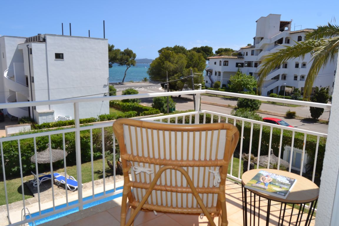 rent a sea view apartment Puerto Pollensa