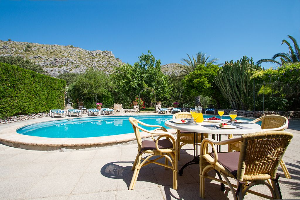 4 bedroom holiday villa with character Puerto Pollensa
