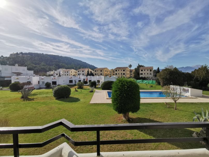 2 bedroom apartment with huge terrace overlooking communal pool, Gommar 31