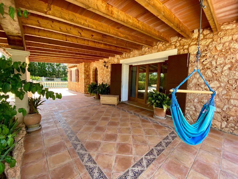 Long summer stay in beautiful country house Santa Maria Mallorca