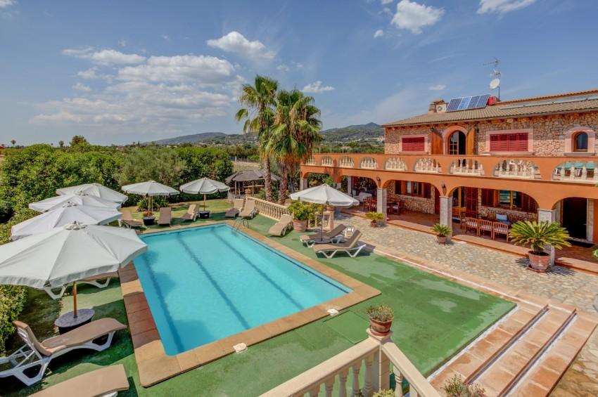 Ses Porrasses Delightful 7 bedroom countryside villa in Selva Mallorca
