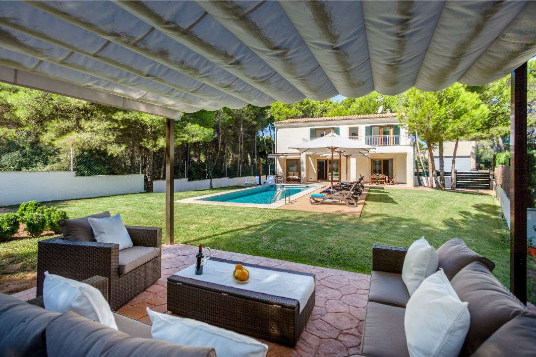 Can Joan Luxury villa rental at Mal Pas beach Alcudia Mallorca