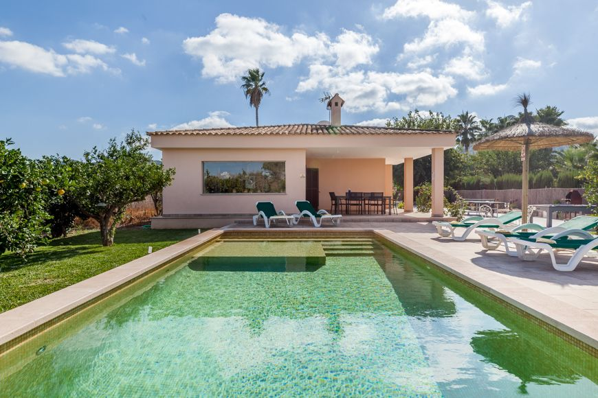 Modern holiday villa with pool in Alcudia Mallorca Segue Nou