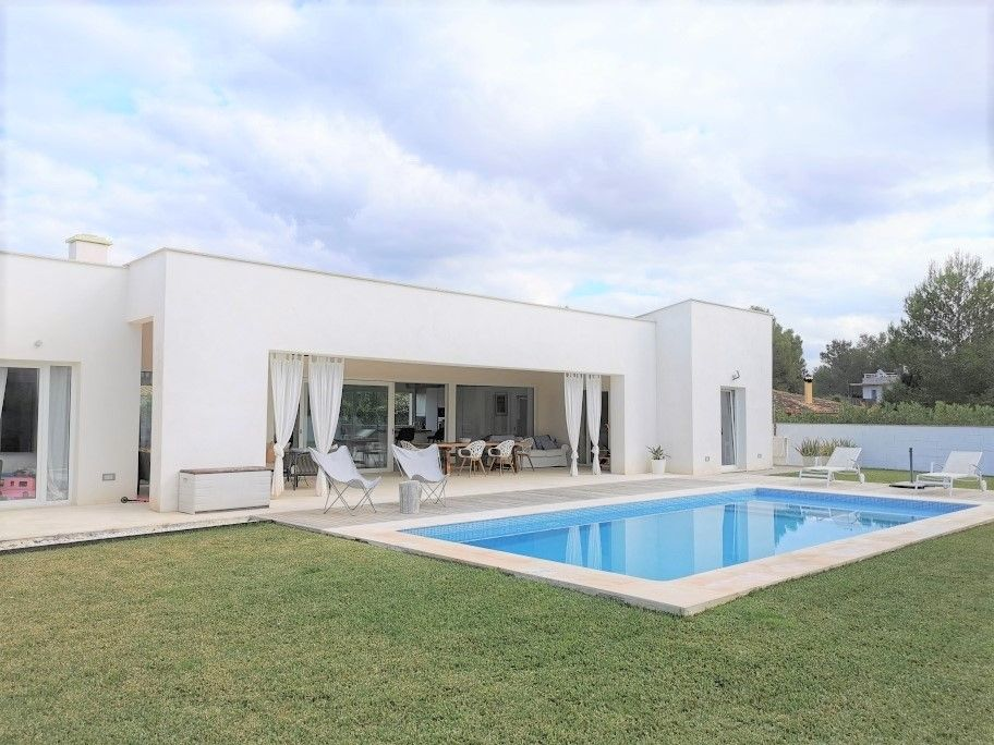 Modern new villa for mid stay rental Crestax Mallorca