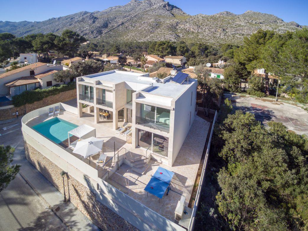 Modern luxury holiday villa in Cala San Vicente Mallorca