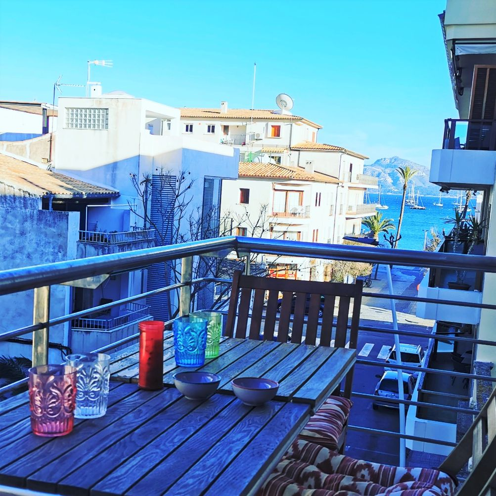 Side sea view holiday apartment in Puerto Pollensa Mallorca