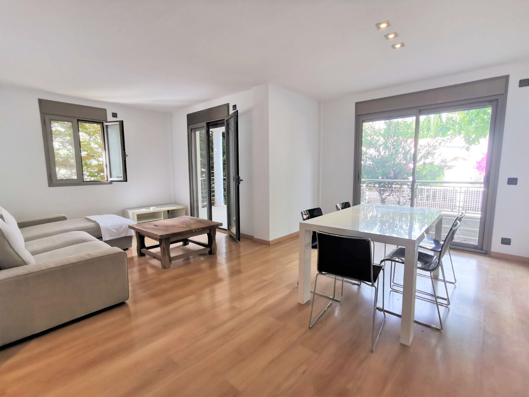 Spectacular modern duplex for sale close to beach Puerto Pollensa Mallorca