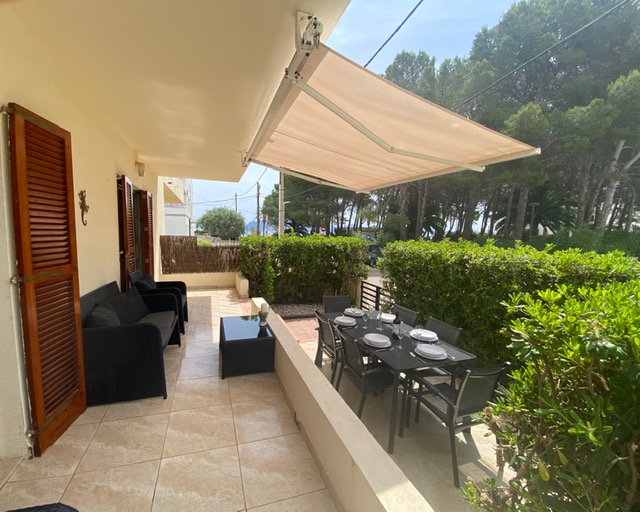 Ground floor beach holiday apartment in Puerto Pollensa Mallorca