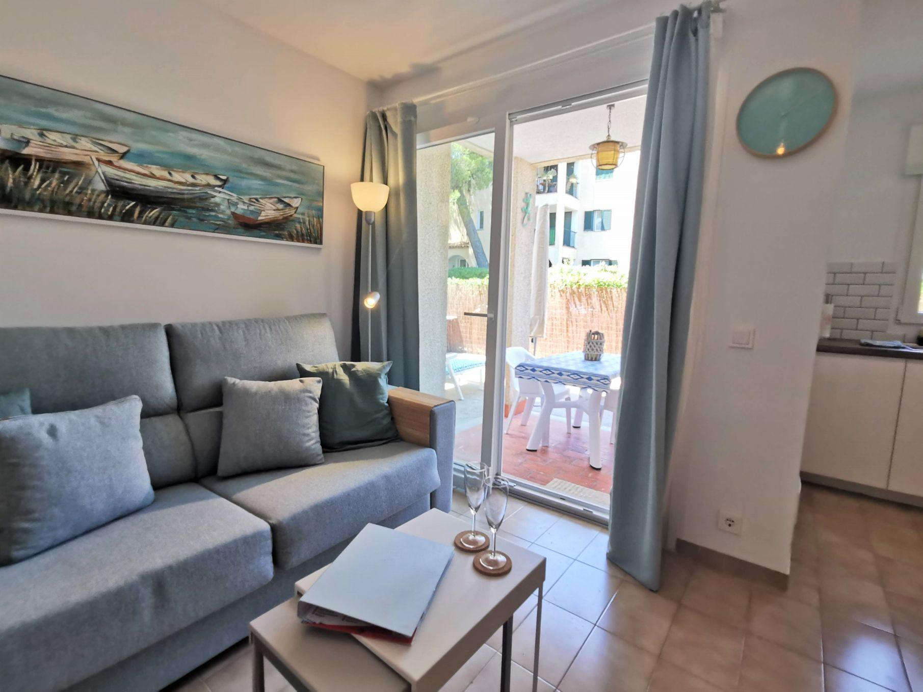 Ground floor modern holiday apartment in Puerto Pollensa Mallorca