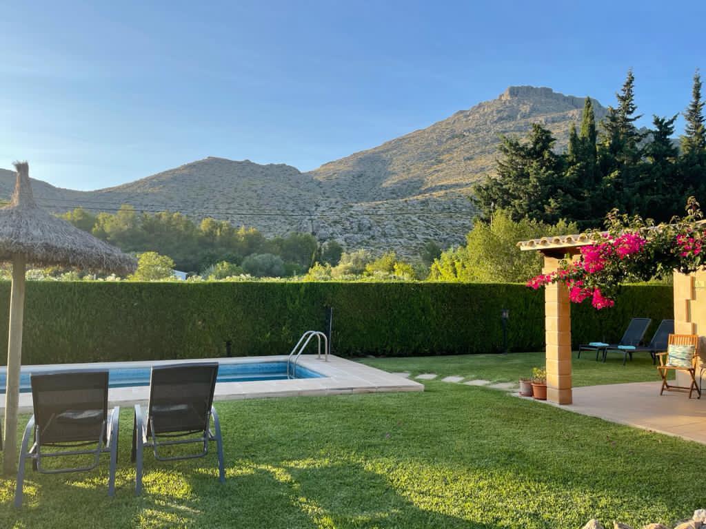 Pretty 3 bedroom holiday villa close to beach Puerto Pollensa