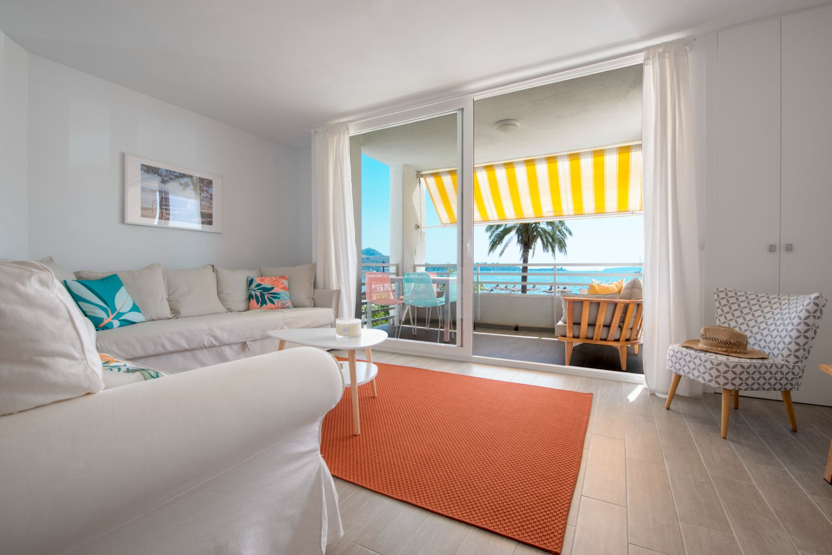 Beautifully furnished front sea view holiday apartment Puerto Pollensa Mallorca